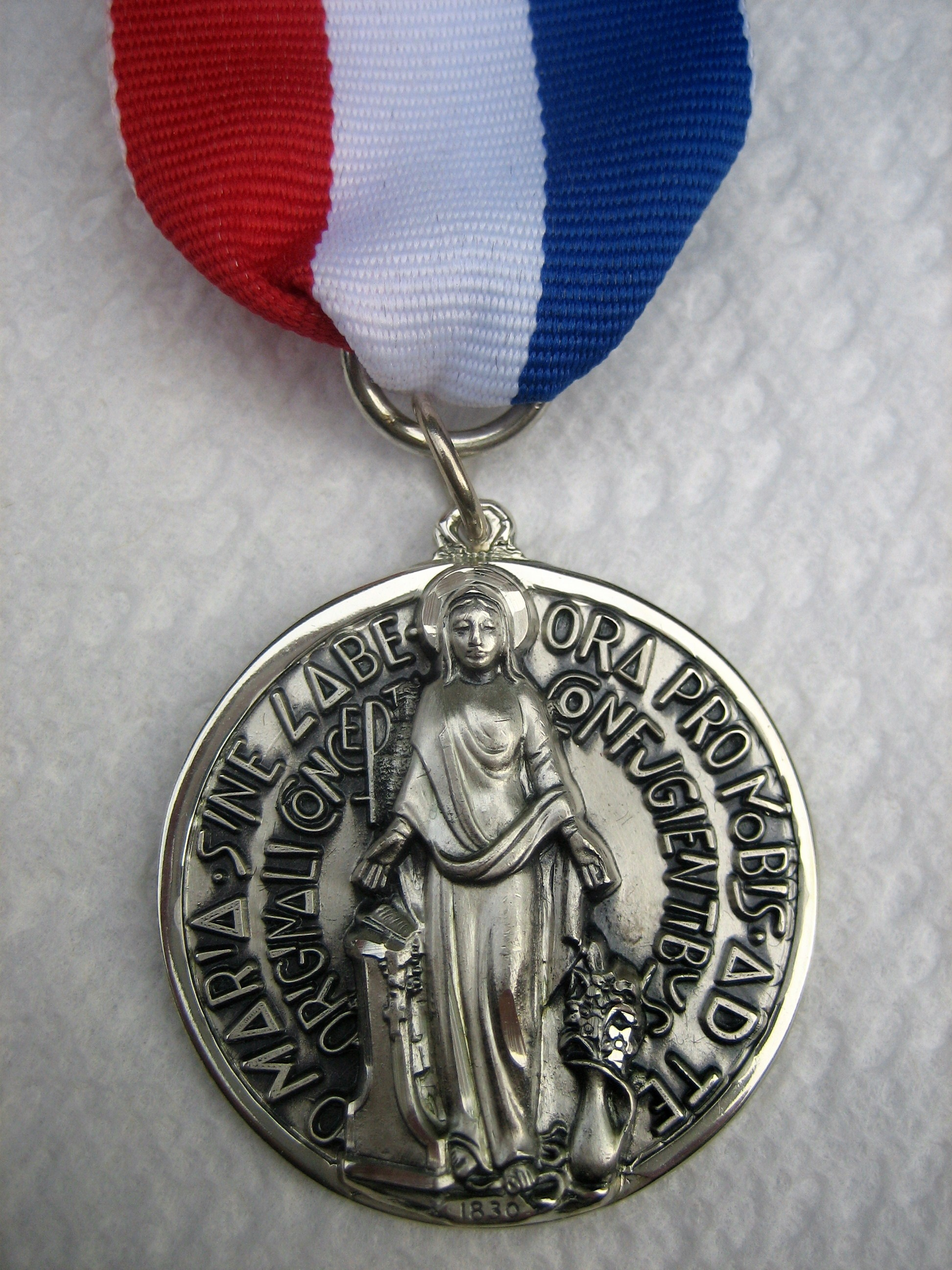 Marian Medal1
